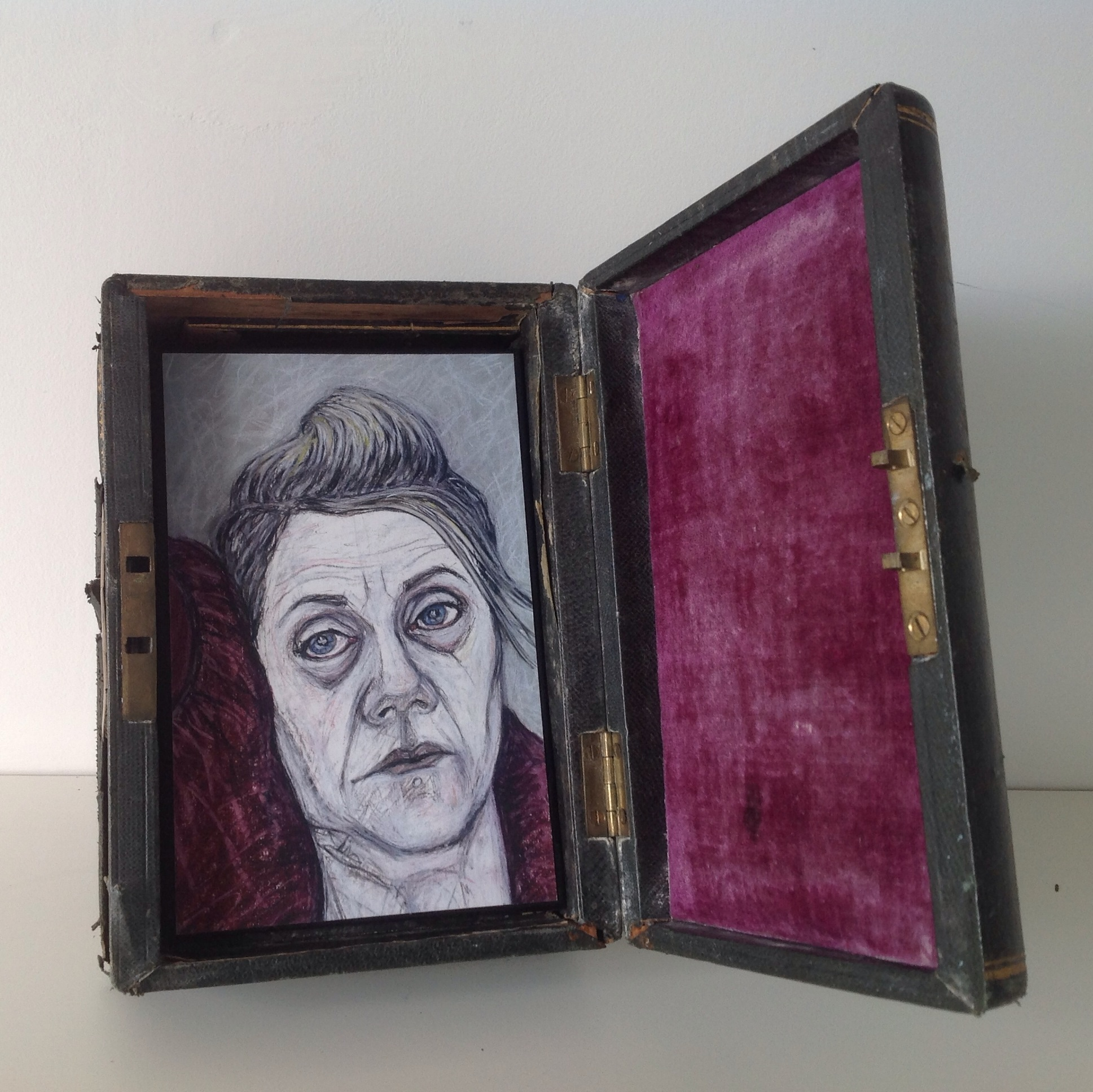 Reliquary. Artist book in a box.